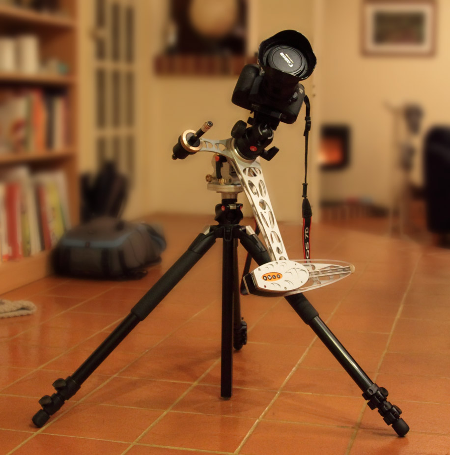 AstroTrac with Canon 7D and Manfrotto 190xProB Tripod