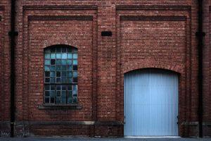 DSCF5212-Railway-Workshops---window-an-door-(1500px-40pct)